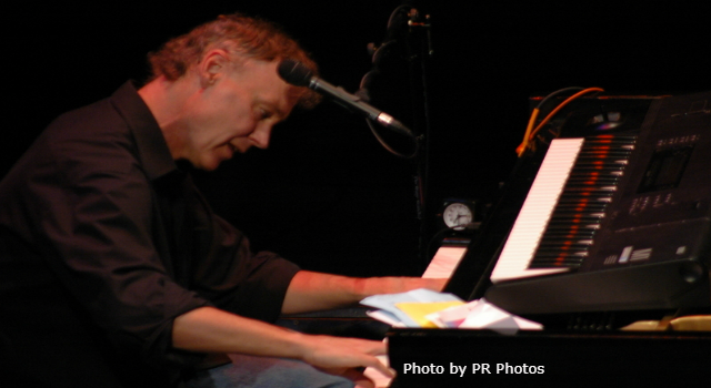 Today in K-HITS Music: Bruce Hornsby & The Range at #1