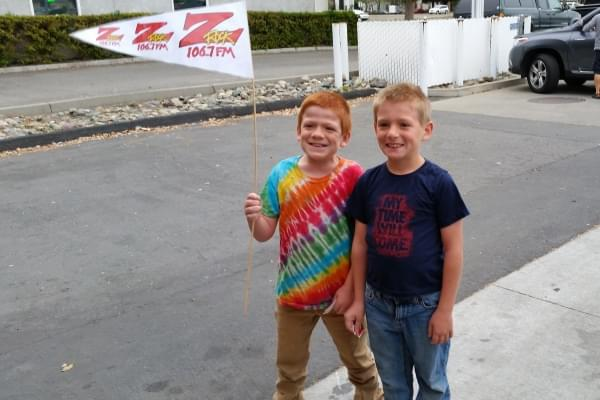 Some junior members of the Z-Cult at Fresh Twisted Cafe in Chico for Wake the Buc Up!