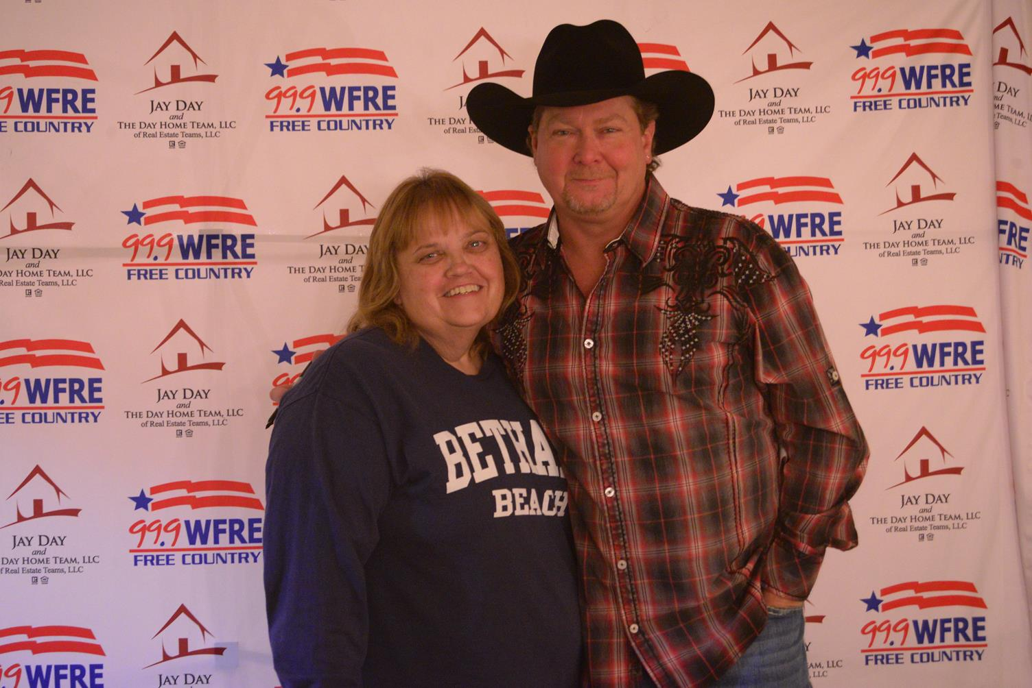 Tracy lawrence concert jay day meet and greets wfre fm 999 m4hsunfo