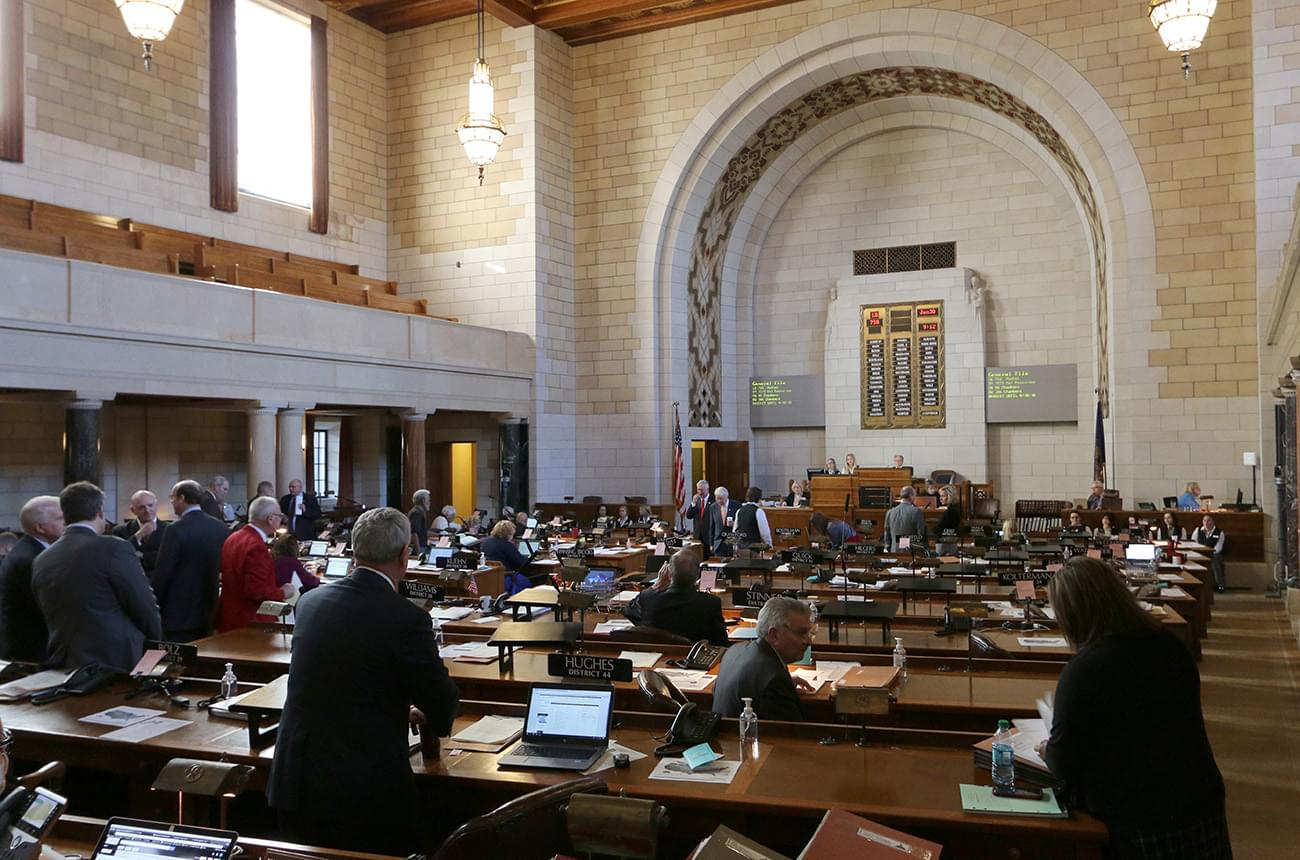 Nebraska lawmakers poised to begin busy 2019 session