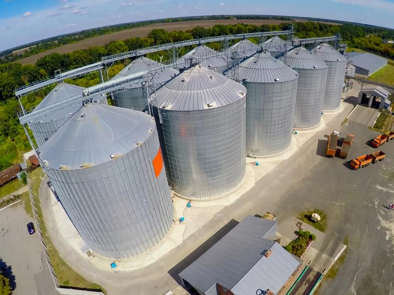 Man hospitalized after being rescued from grain bin