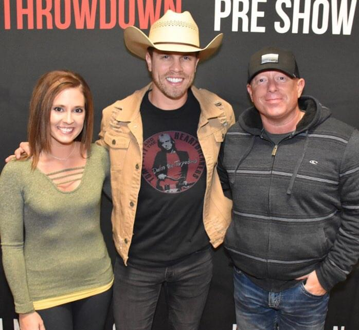 Dustin lynch vip one of the coolest things ever krny fm m4hsunfo