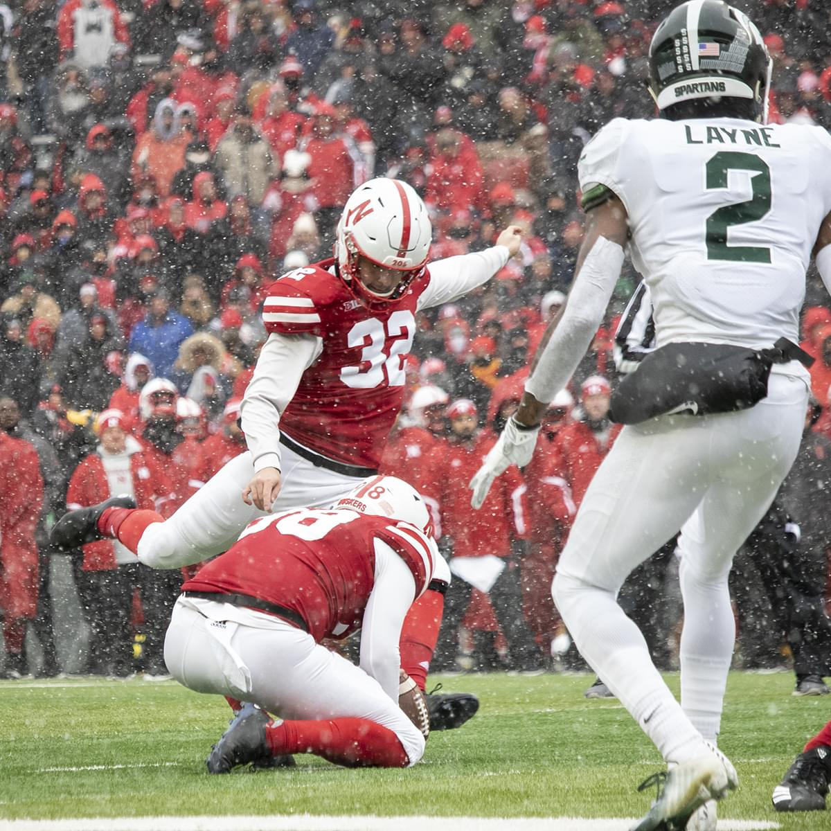 Pickering's Field Goals Lift Nebraska Over Michigan State 9-6
