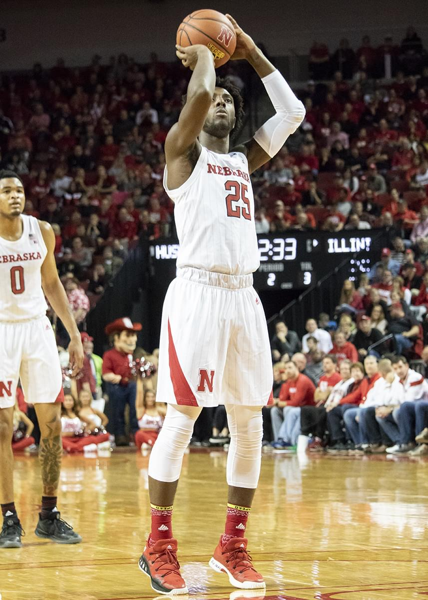 Huskers Ready for Big 10 Battle With Maryland