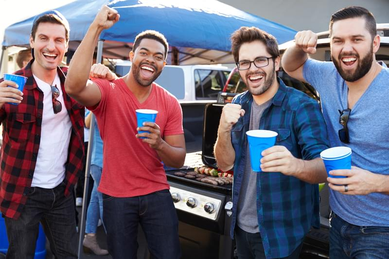 More Young Adults Binge-Drinking Well Into Their 20s