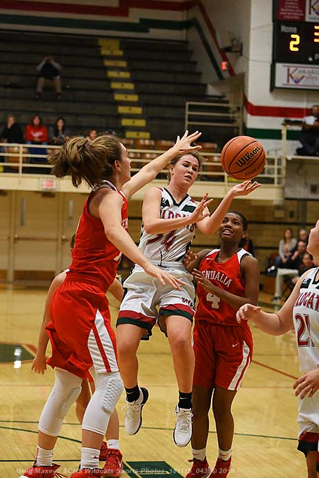 Annies Use Strong 3rd Quarter To Beat Lady Cats In Opener
