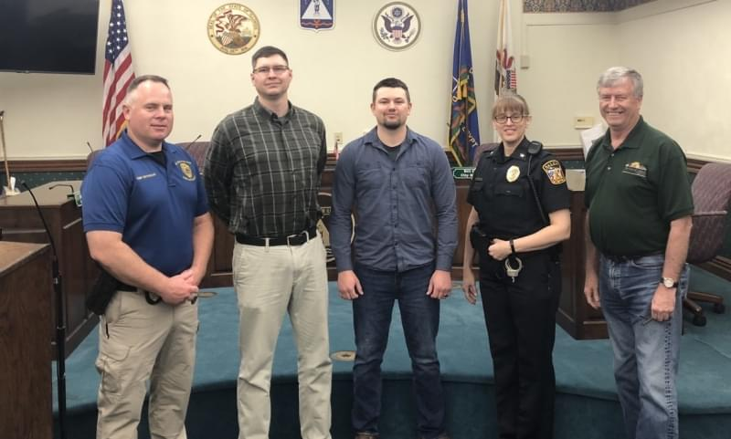 Two new Salem Police Officers sworn in before leaving for training