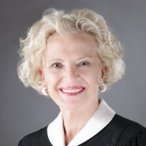 Wife of alderman to be chief justice on Illinois high court