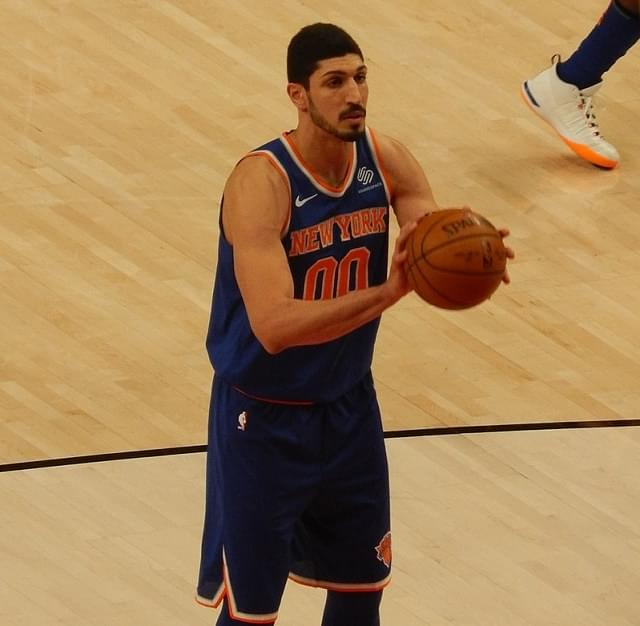 Blazers' Kanter receives support from Sen. Wyden