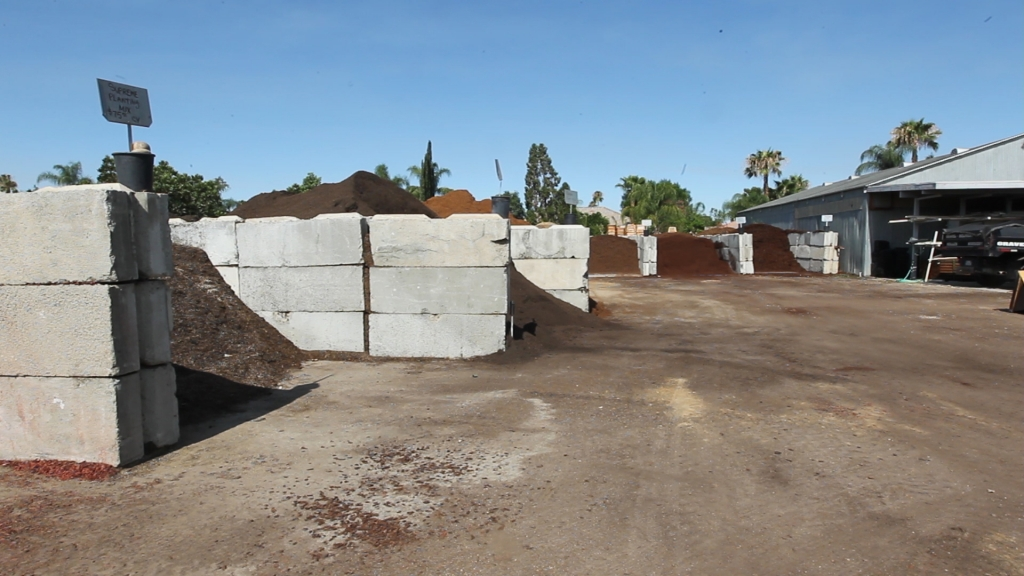Materials for every landscaping project is available at for Landscaping rocks bakersfield ca