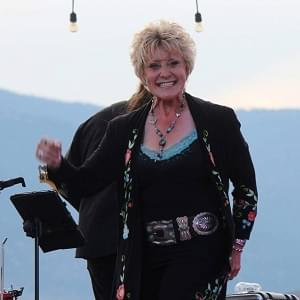 Country music artist Lacy J. Dalton returns to Bakersfield, talks the evolution of country music