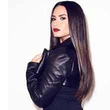 Demi Lovato is a new blode bombshell!