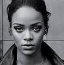 Rihanna's home gets surrounded by choppers and police
