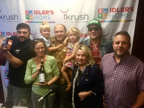 Liquid Lunch – 5/15/18 – In Studio with Ryan, Darren, and Bernadette of Del's Pizzeria