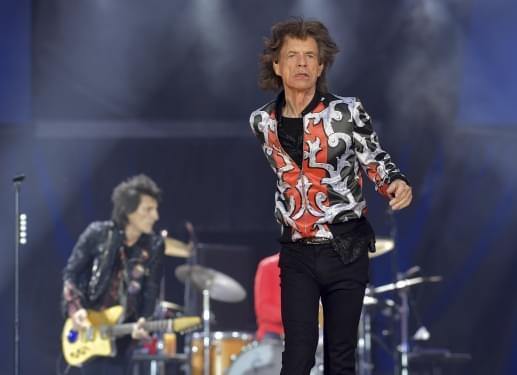 Jagger to take 1 year old son on tour