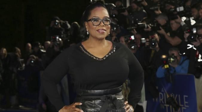 Oprah signs with Apple