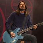 Dave Grohl Tricked Fans Into Thinking He Fell Offstage Again