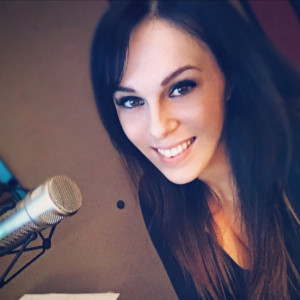 Weekdays 6pm – 11pm Holly Jo lives in Wickenburg and is a new DJ on 96.3 Real Country. Get to know her every week day 6pm to 11pm