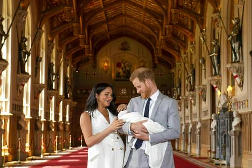 The Newest Royal!!  Harry & Meghan Share 1st pics! Meet Archie Harrison Mountbatten-Windsor.