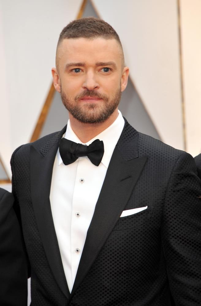Watch Justin Timberlake Get His Birthday Haircut Star 999