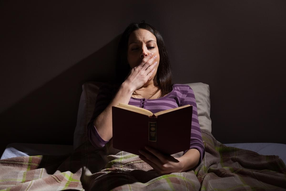 Have Trouble Falling Asleep? Read a Book in Bed!