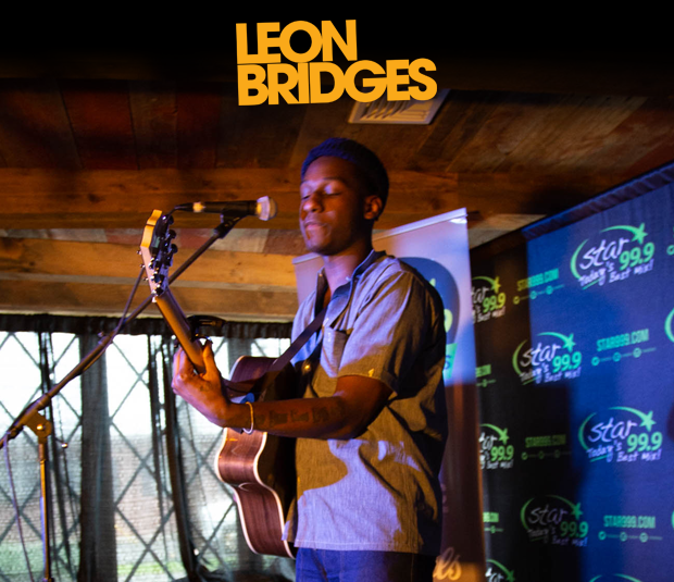 Star 99.9 Michaels Jewelers Acoustic Session with Leon Bridges
