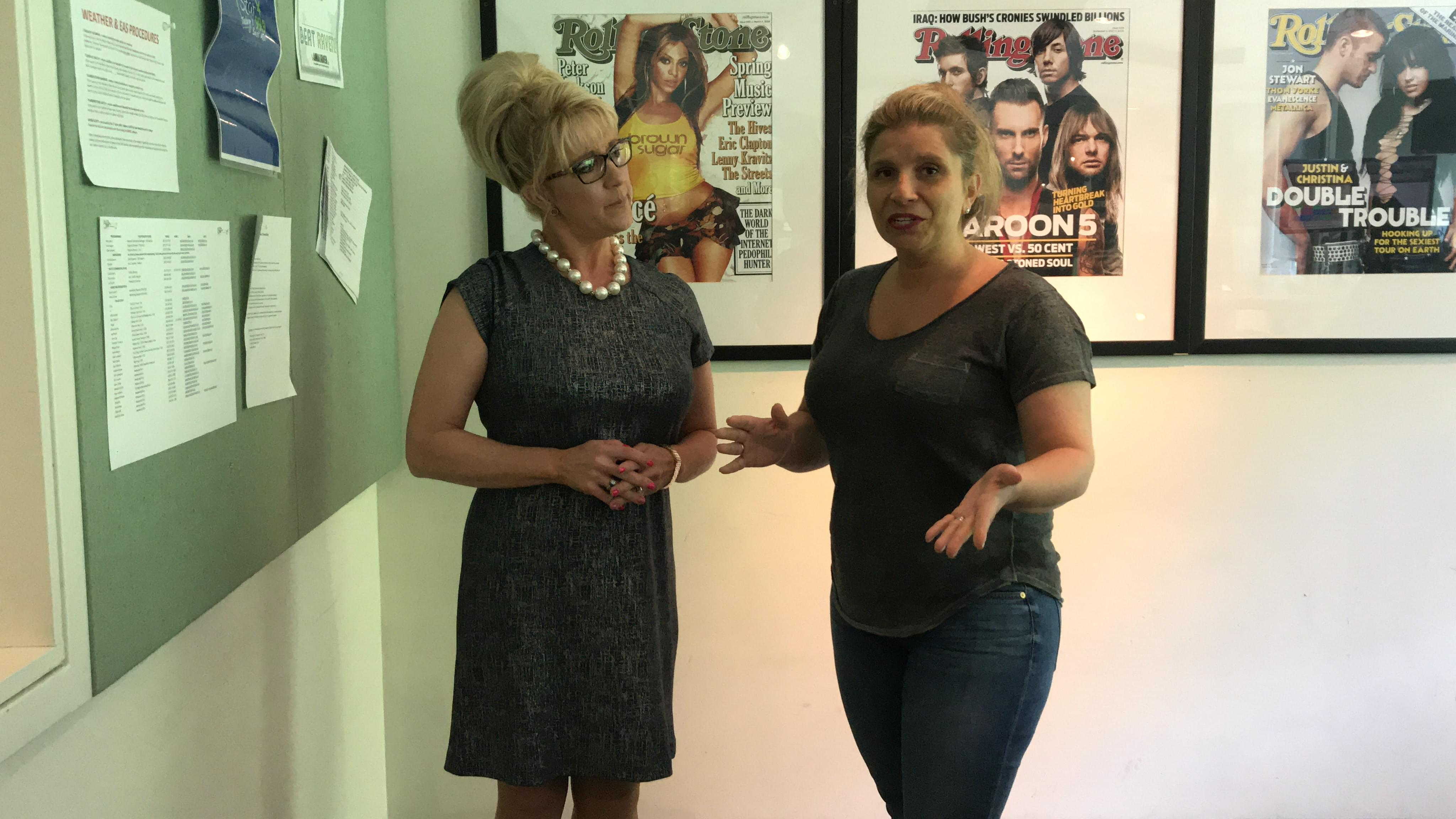 60 Seconds Behind the Scenes- Karen Thomas shows us the proper length of dresses