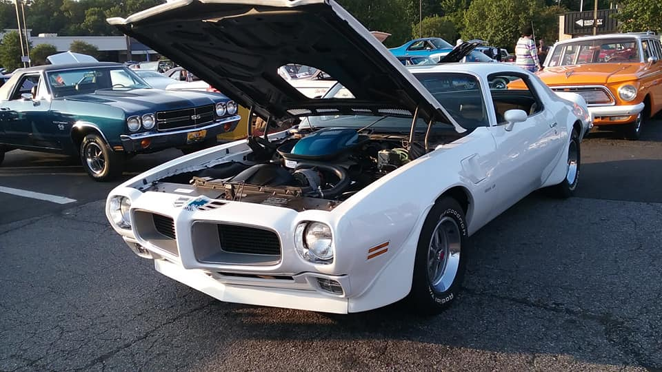 "AJ's ""Badass Friday"" Car of the Day: 1970 Pontiac Firebird Trans-Am"