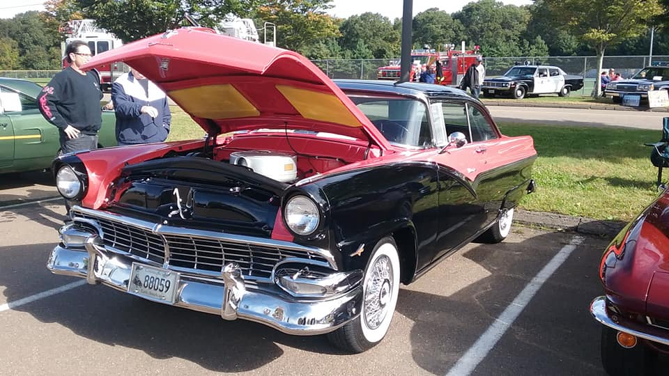 AJ's Car of the Day: 1956 Ford Fairlane Victoria Hardtop