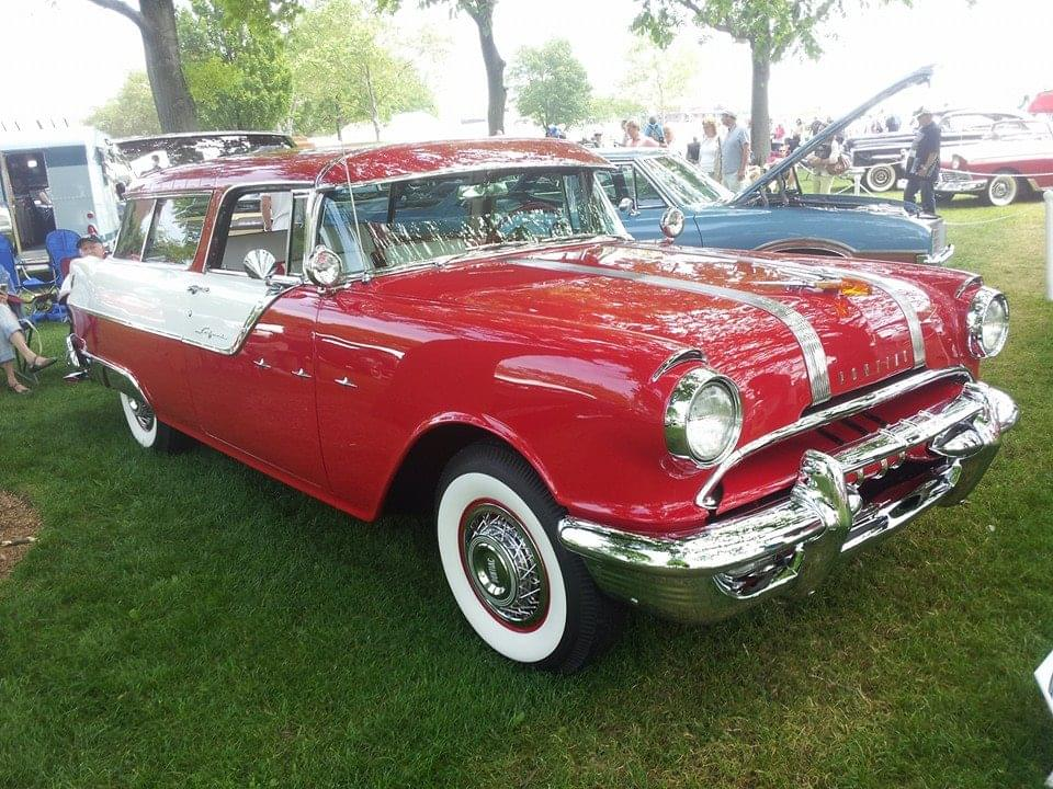 AJ's Car of the Day: 1956 Pontiac Safari Wagon