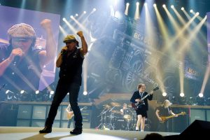 """AC/DC Performs in Chicago """"Black Ice World Tour 2008"""" - October 30, 2008"""
