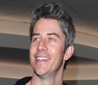 The Bachelor's Arie Luyendyk is going to be a Dad