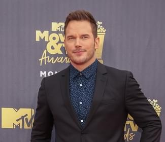 Chris Pratt is enjoying home cooking with his new GF