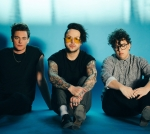 "LISTEN TO LOVELYTHEBAND'S NEW SONG ""THESE ARE MY FRIENDS"""