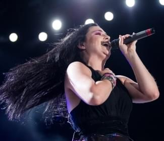 Phone Chat with Amy Lee