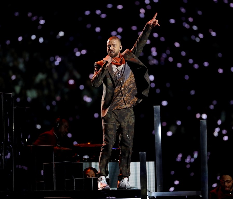 WATCH:  Justin Timberlake's Halftime Performance!