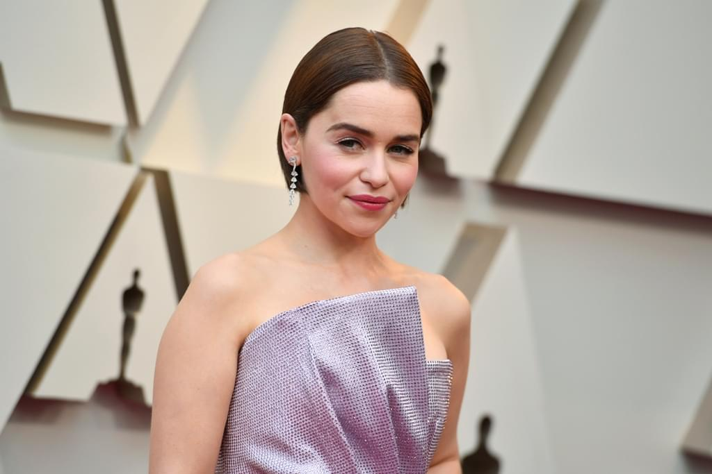 """GOT"" Star Emilia Clarke Reveals Brain Surgery"