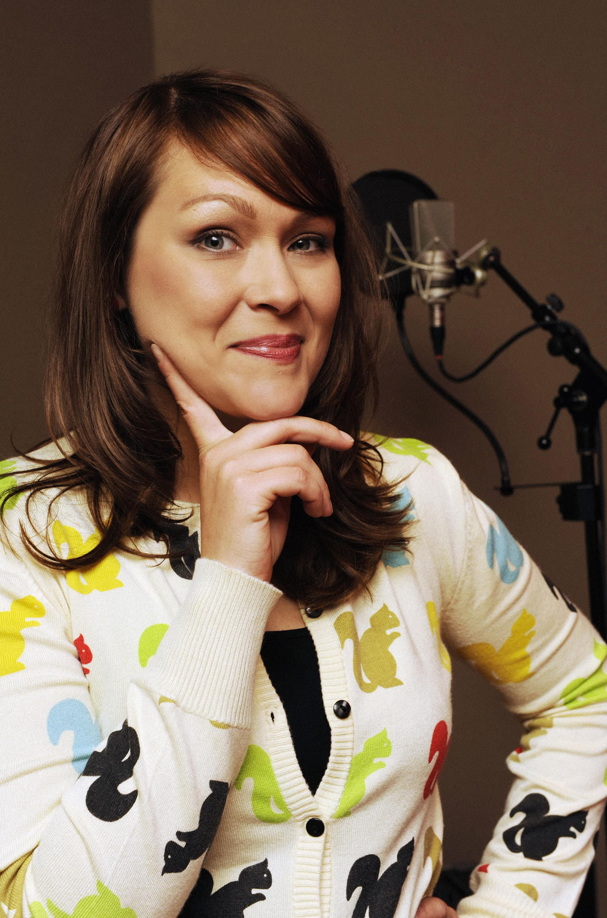 """Jamie chats with Amber Nash from FXX's """"Archer: Danger Island""""!"""