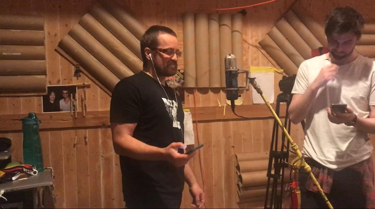 "Wheatus sings ""Teenage Dirtbag"" – in Gaelic!"