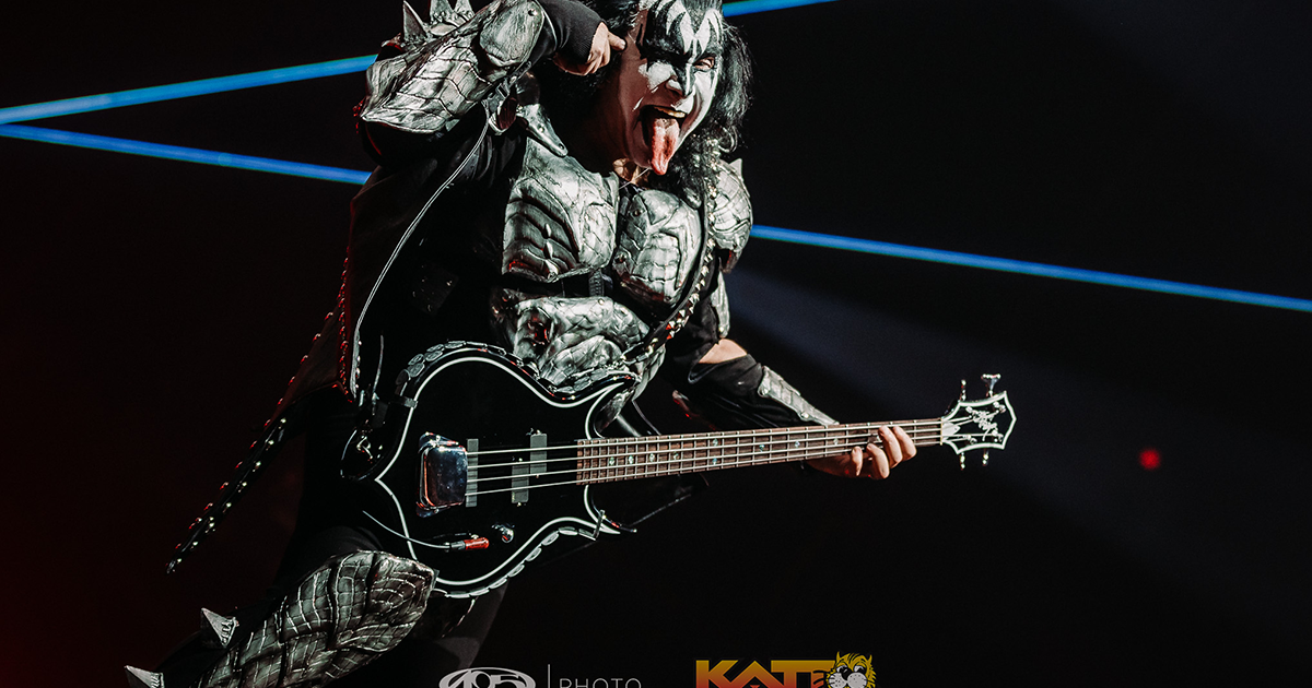 [PHOTOS] KISS's 'End of the Road' Tour at the 'Peake