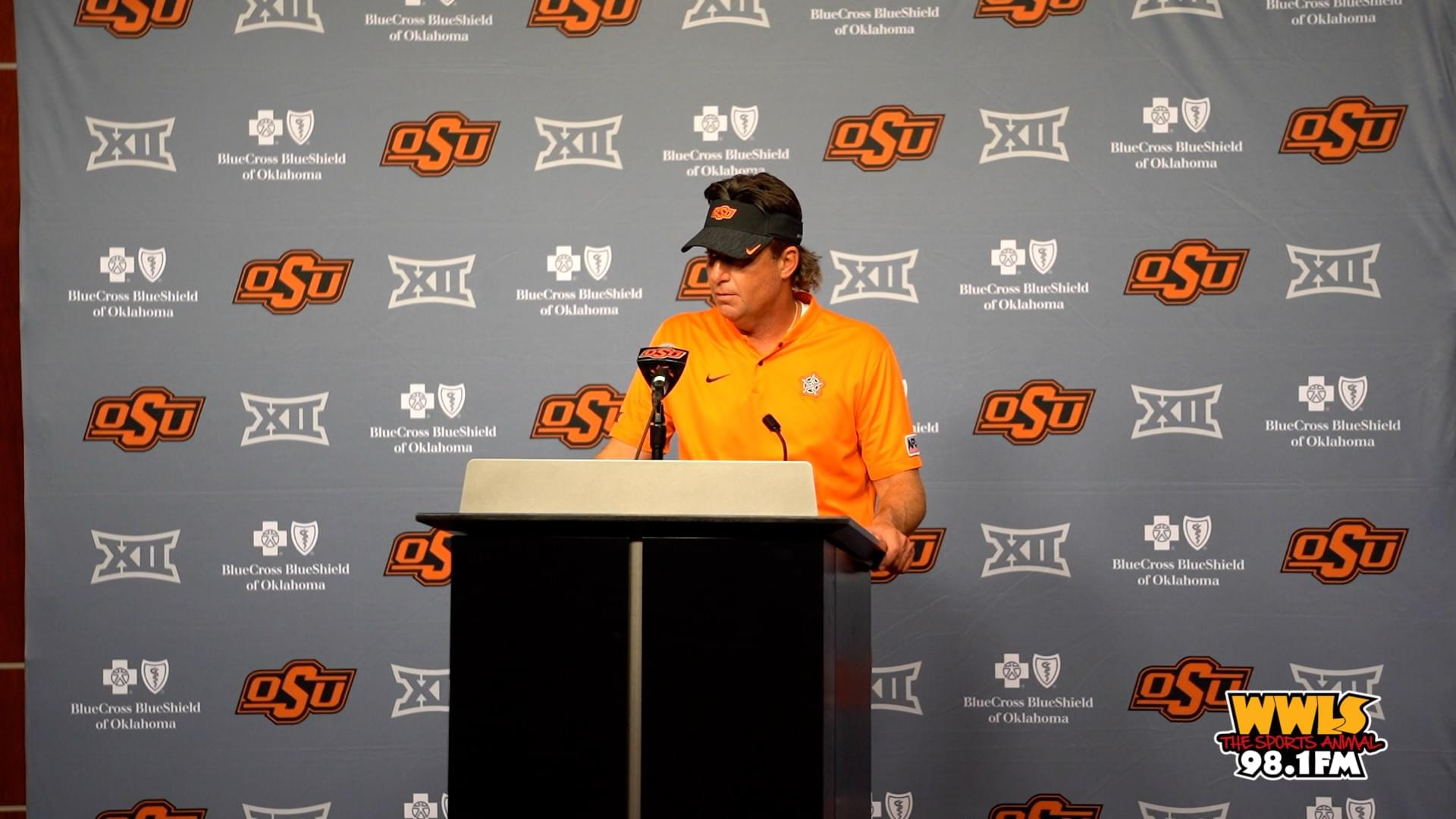 THUMBNAIL_20180830-Gundy Post Game Presser