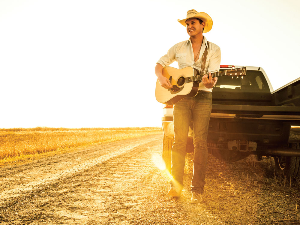 "Jon Pardi Scores First Career No. 1 With ""Head Over Boots"""