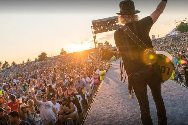 Country Thunder Strikes Again In Wisconsin