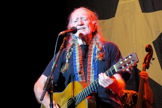 Tix On Sale Now For Willie Nelson's Outlaw Music Festival In June Near Chicago [VIDEO]
