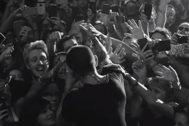 Linkin Park Crawling From One More Light Live [VIDEO] | WIXO-FM