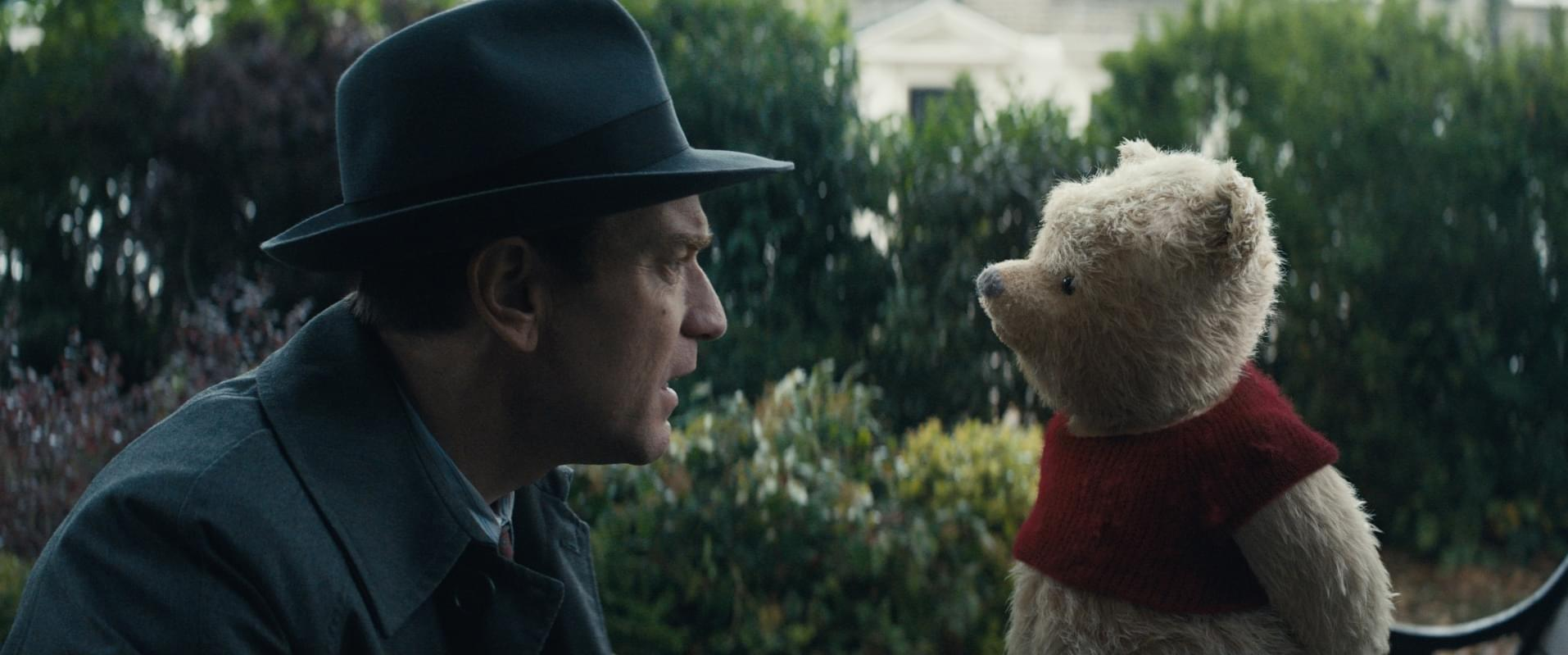 Christopher-Robin_ForPublicity_11