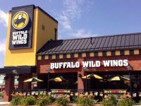 buffalo-wild-wings-outside-3_600x400