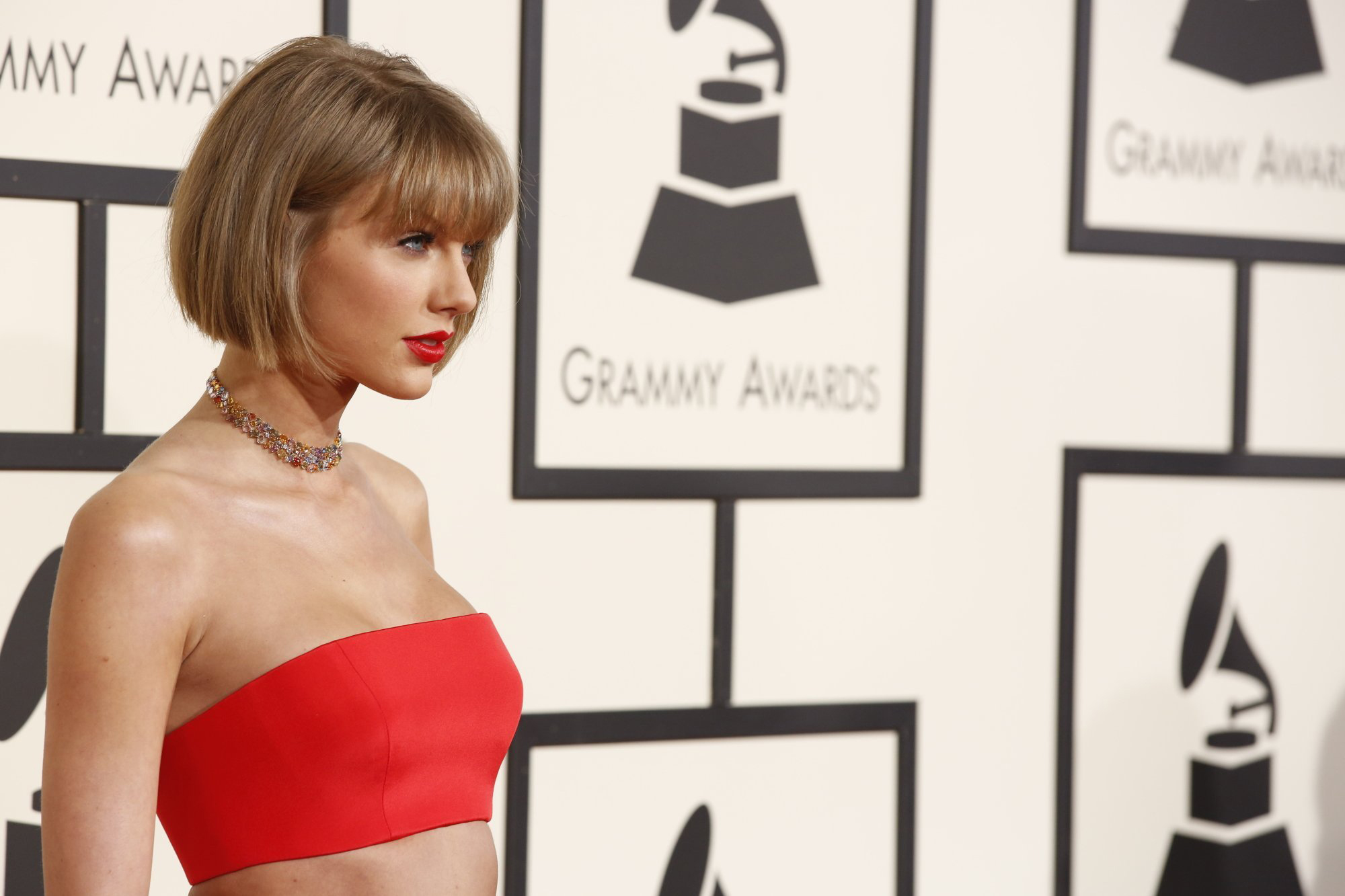 All eyes on taylor swift in groping trial wdvd fm the superstar singer is expected to testify in a civil case filed by a denver disc jokey who claims he lost his job after swift accused him of groping her kristyandbryce Gallery