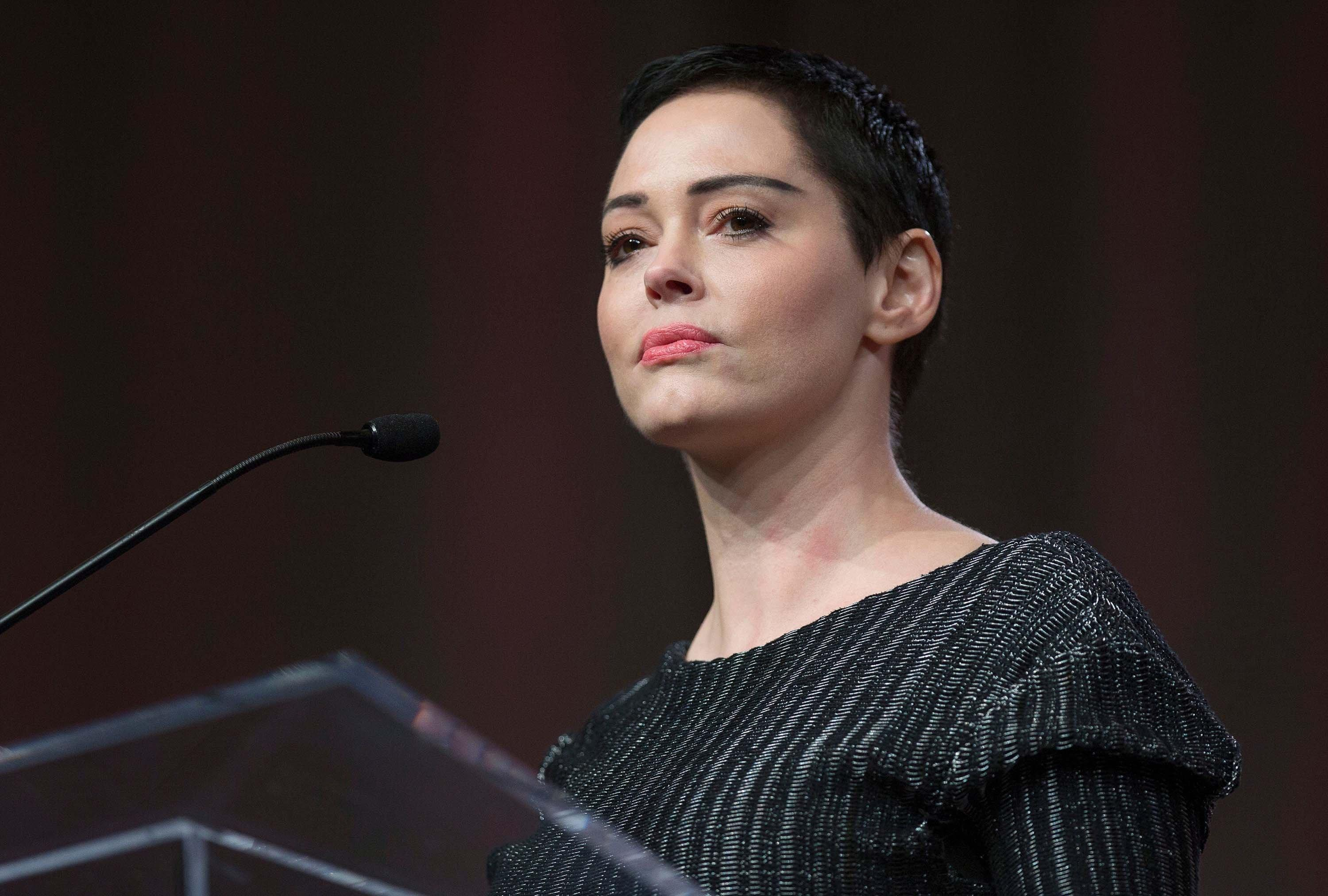 ROSE MCGOWAN INDICTED ON FELONY DRUG CHARGE