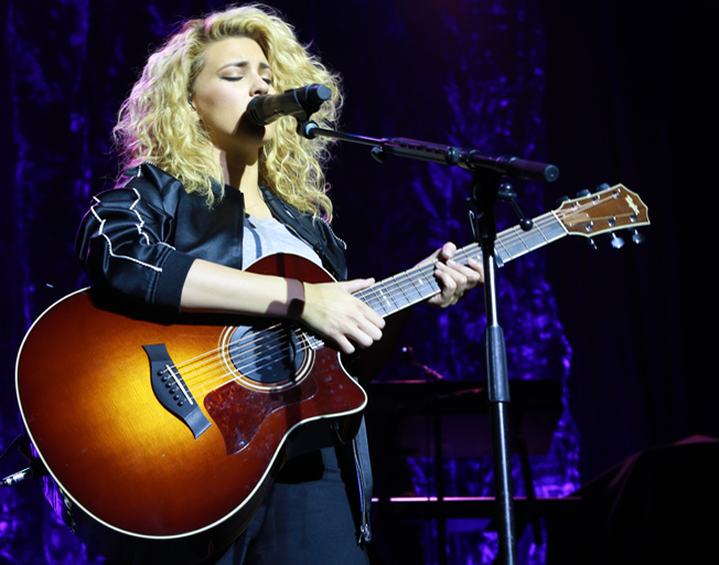 Exclusive Interview & Photos with Tori Kelly at the House of Blues Boston